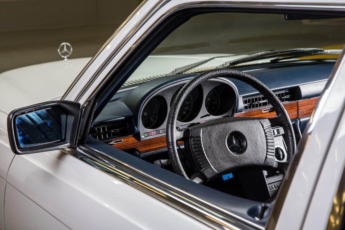 Mercedes-Benz W 116 350 SEL 12