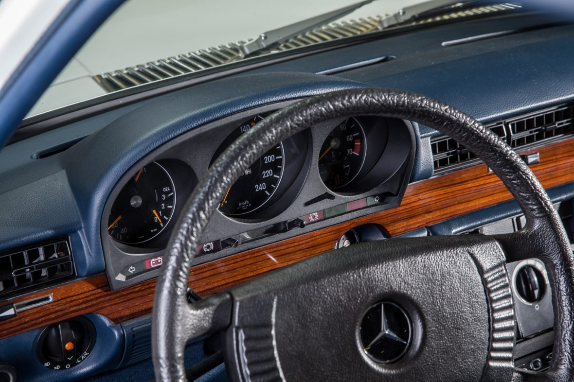 Mercedes- Benz W 116 350 SEL 11