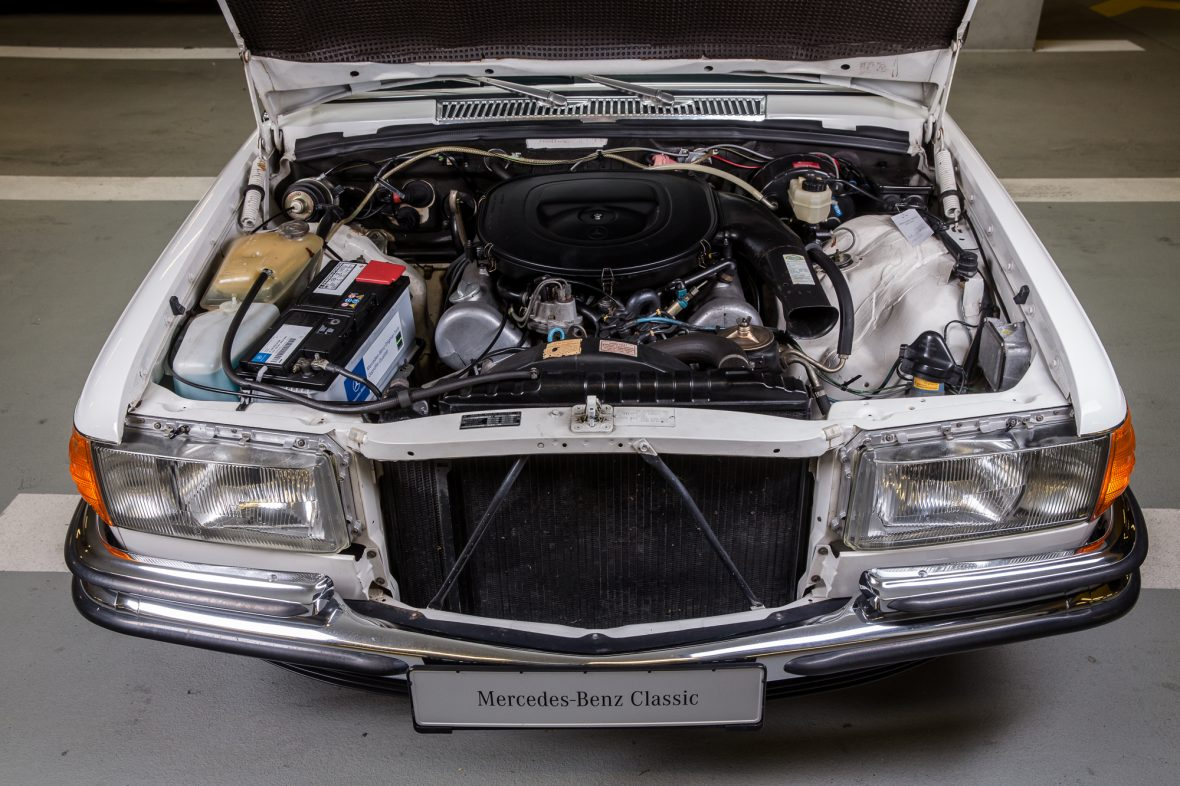 Mercedes- Benz W 116 350 SEL 3