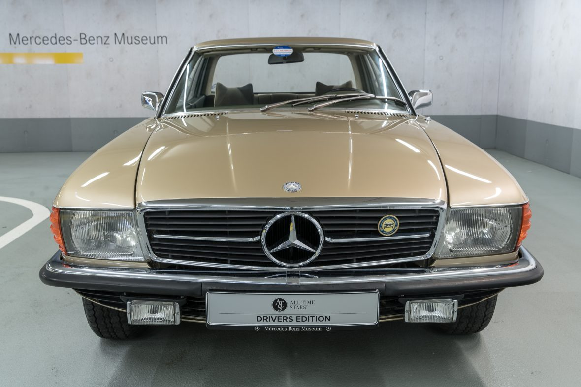 Mercedes-Benz 350 SLC (C 107) 3