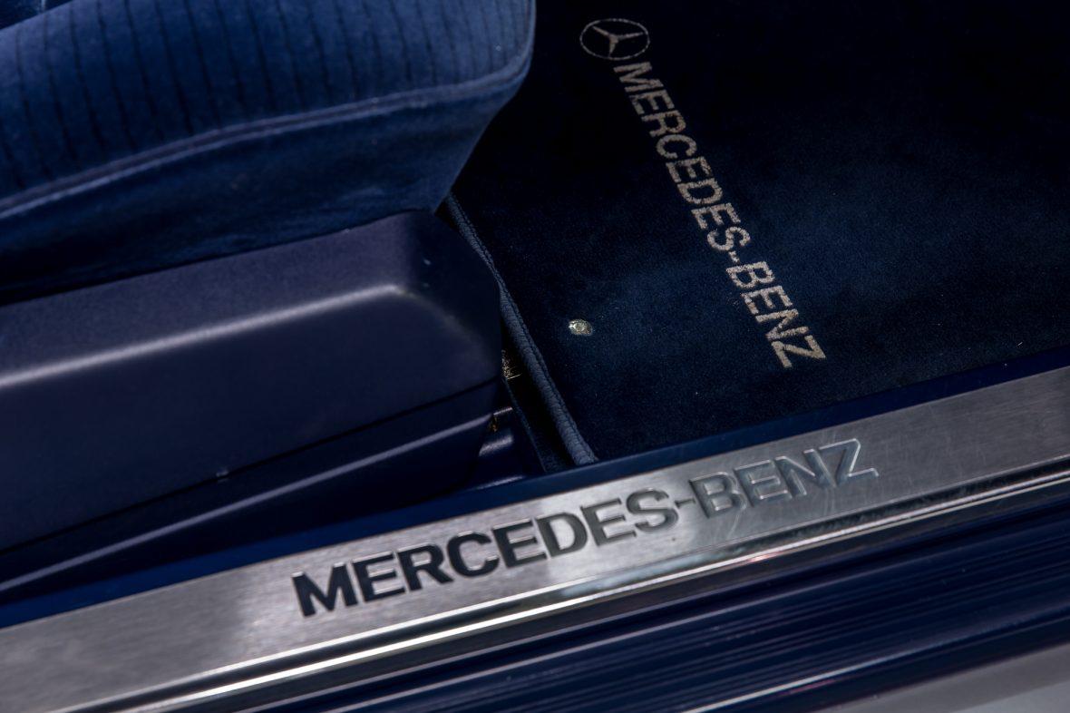 Mercedes-Benz W 140 400 SE 17