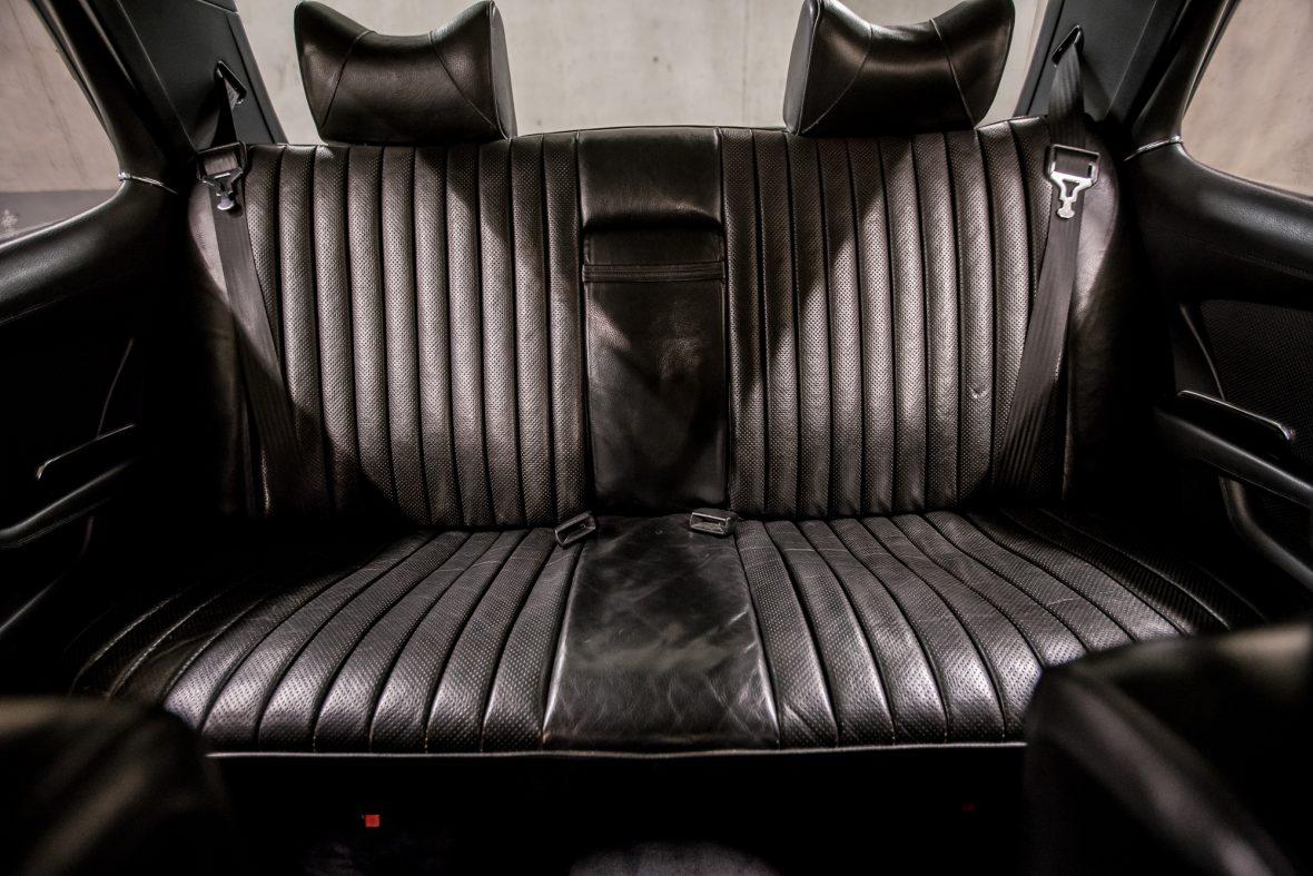 Mercedes-Benz W 116 450 SEL 6.9 19