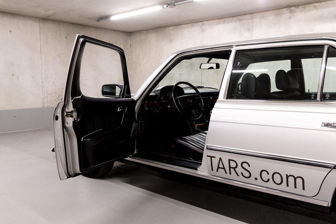 Mercedes-Benz W 116 450 SEL 6.9 9