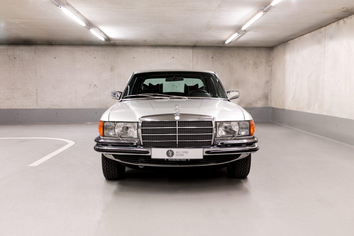 Mercedes-Benz W 116 450 SEL 6.9 4