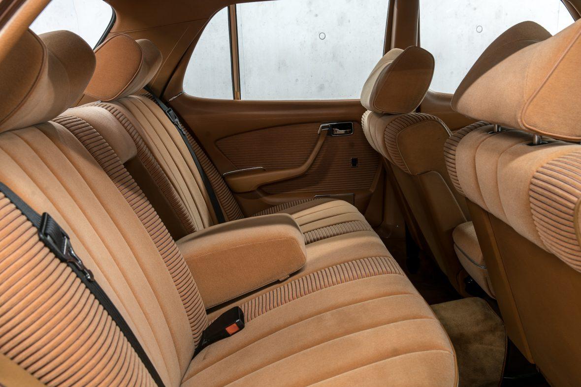 Mercedes-Benz W 116 450 SE 9