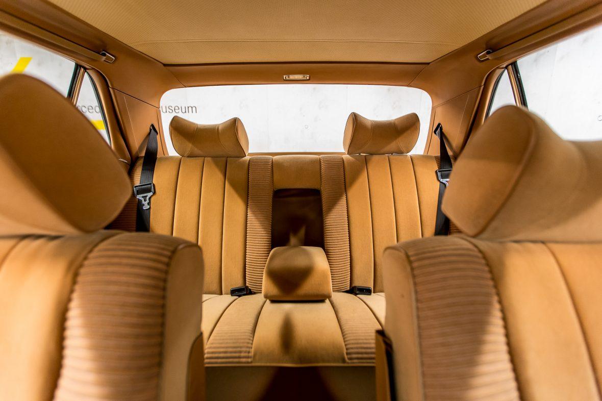 Mercedes-Benz W 116 450 SE 10