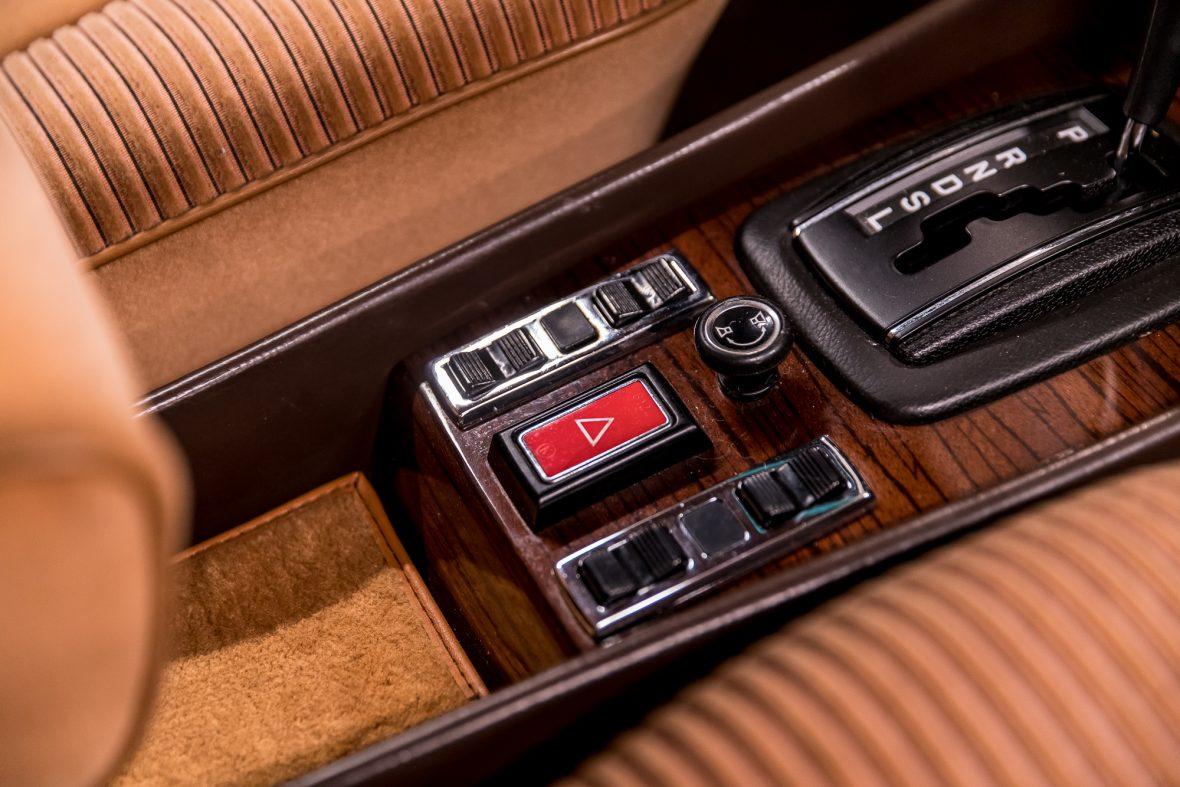 Mercedes-Benz W 116 450 SE 27