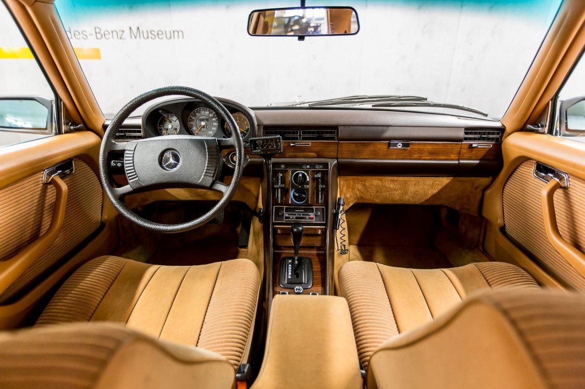 Mercedes-Benz W 116 450 SE 25
