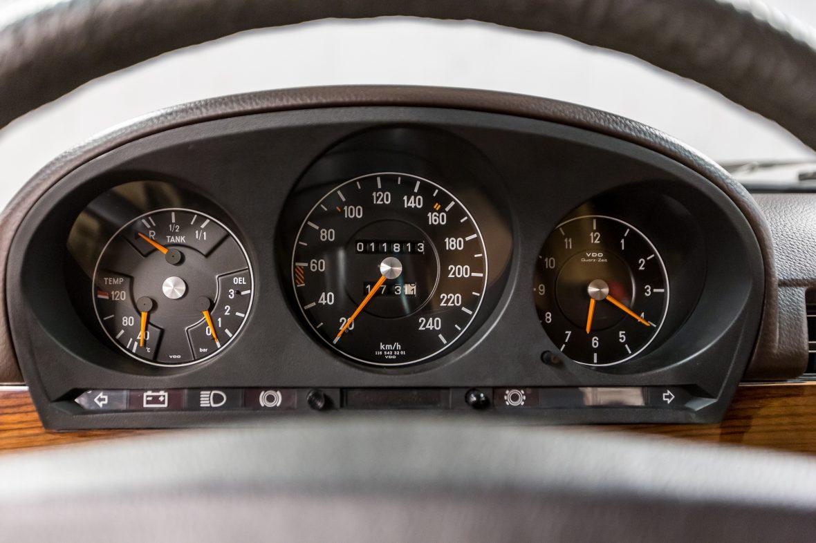 Mercedes-Benz W 116 450 SE 29
