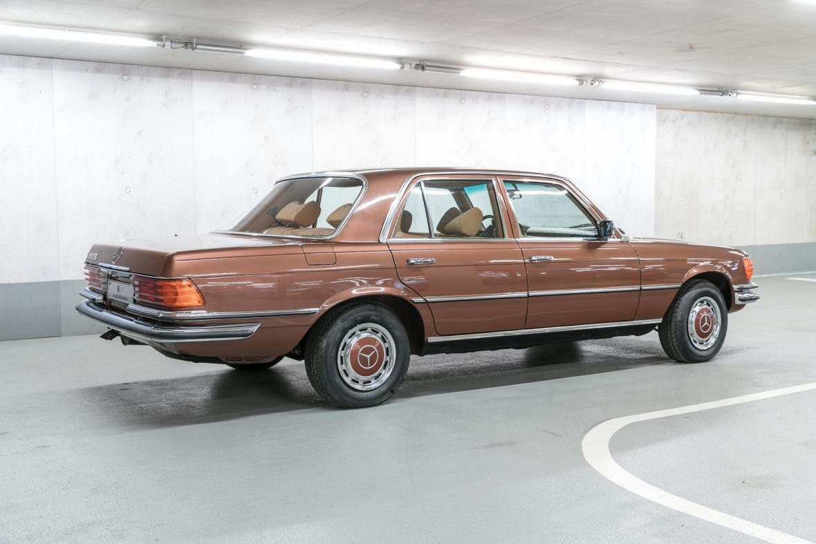 Mercedes benz w 116 450 se mercedes benz en for Mercedes benz 450