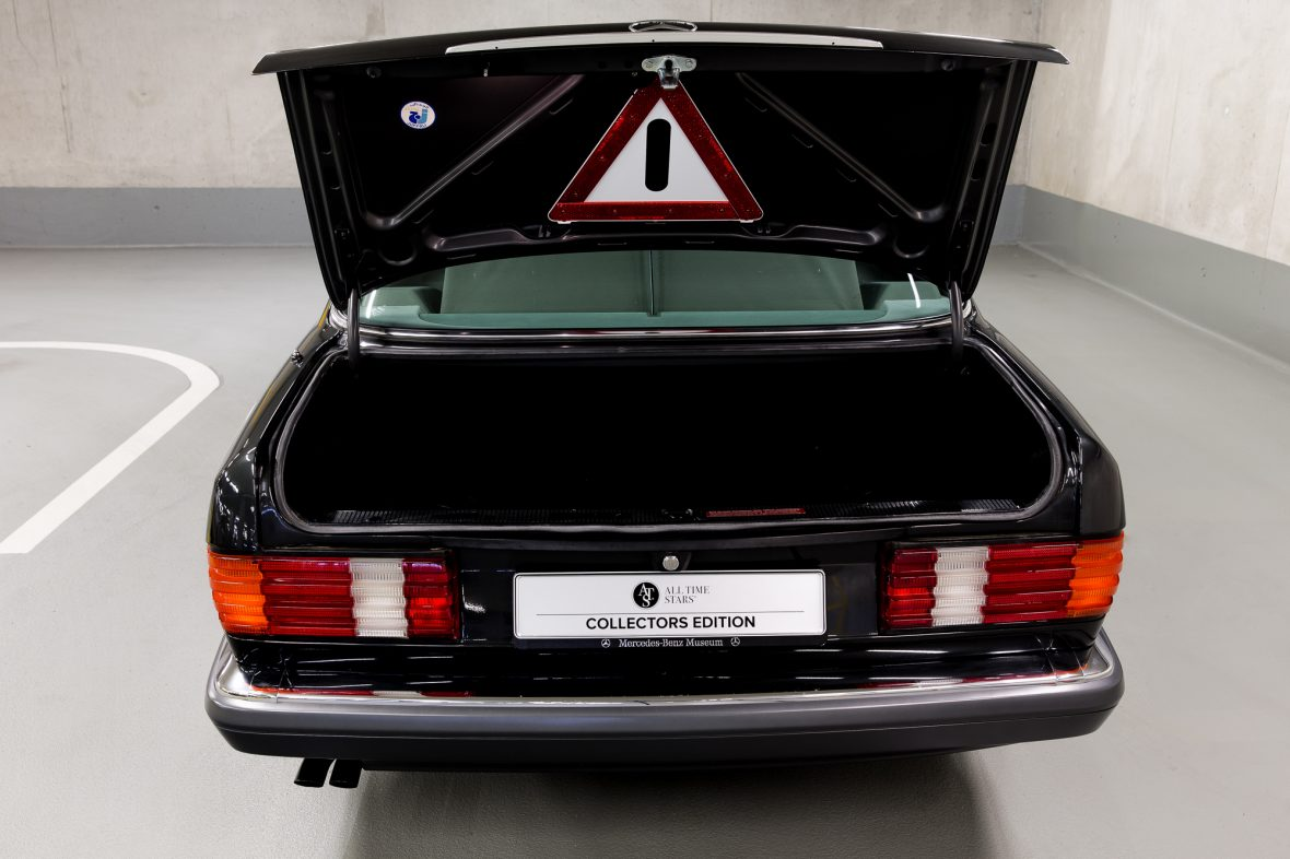 Mercedes-Benz W 126 560 SEL 8