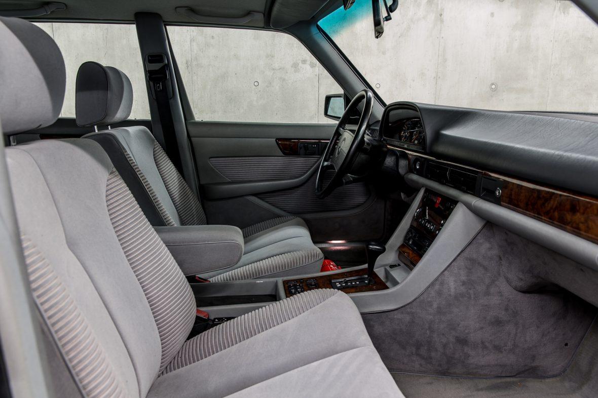 Mercedes-Benz W 126 560 SEL 11