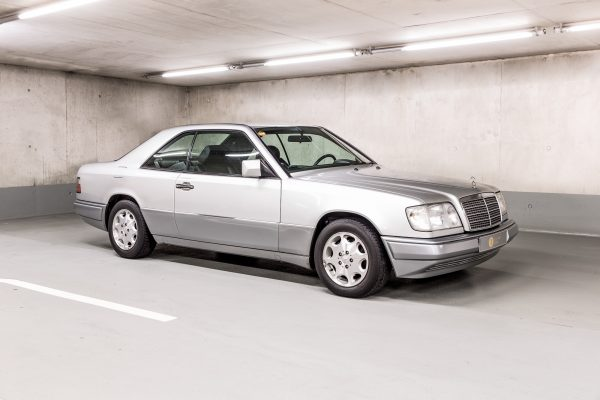 Mercedes-Benz C 124 220 CE