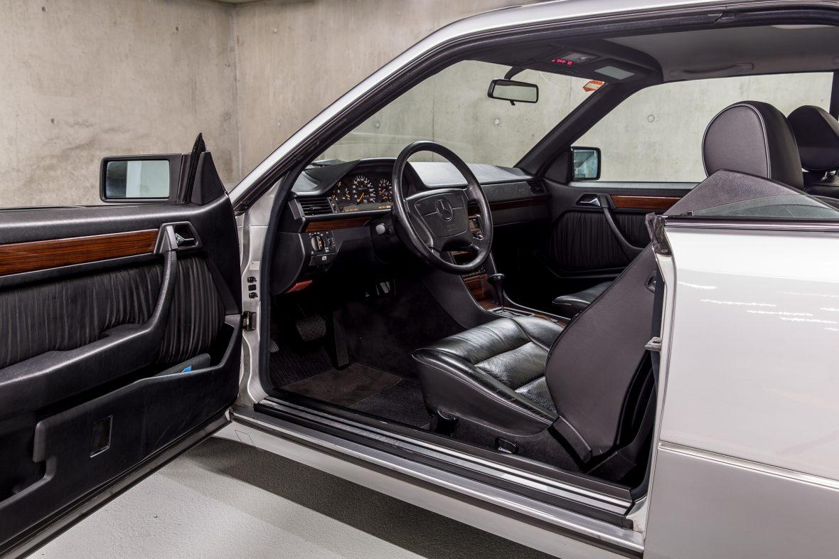 Mercedes-Benz C 124 220 CE 10