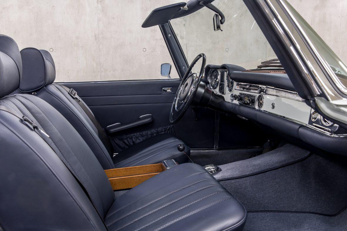 Mercedes-Benz 280 SL (W 113) 11