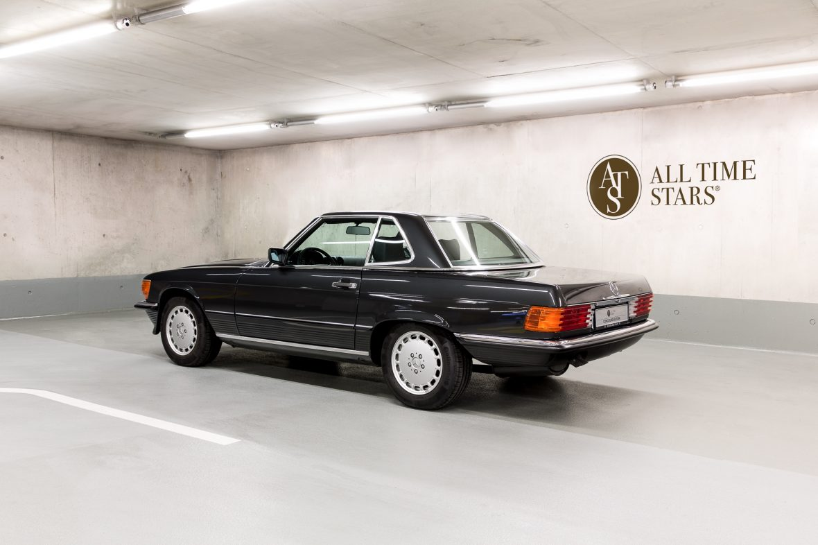Mercedes-Benz R 107  300 SL 0