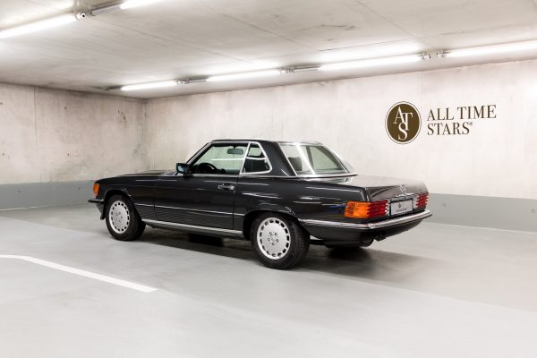 Mercedes-Benz R 107 300 SL