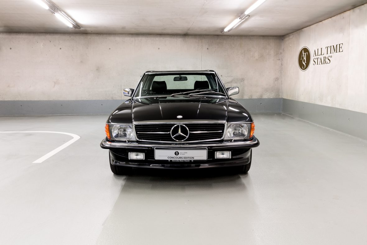 Mercedes-Benz R 107  300 SL 6