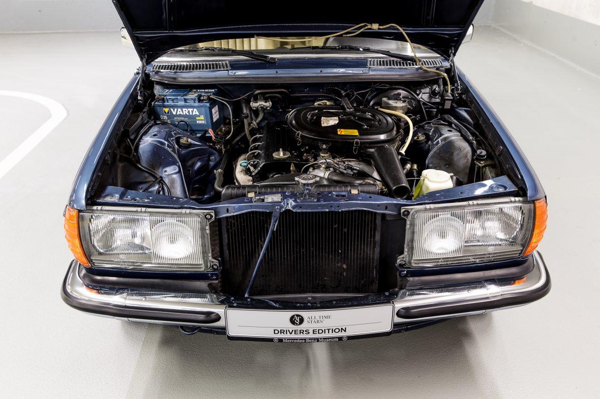 Mercedes-Benz C 123 230 CE 6