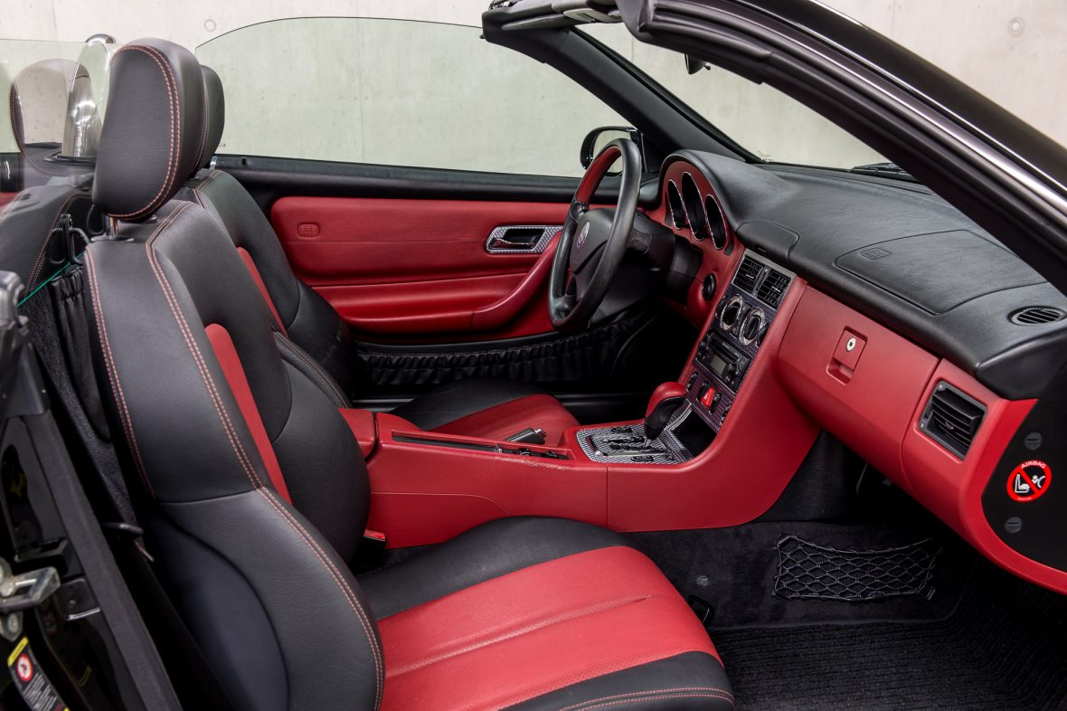 Mercedes - Benz R 170  SLK 200 11