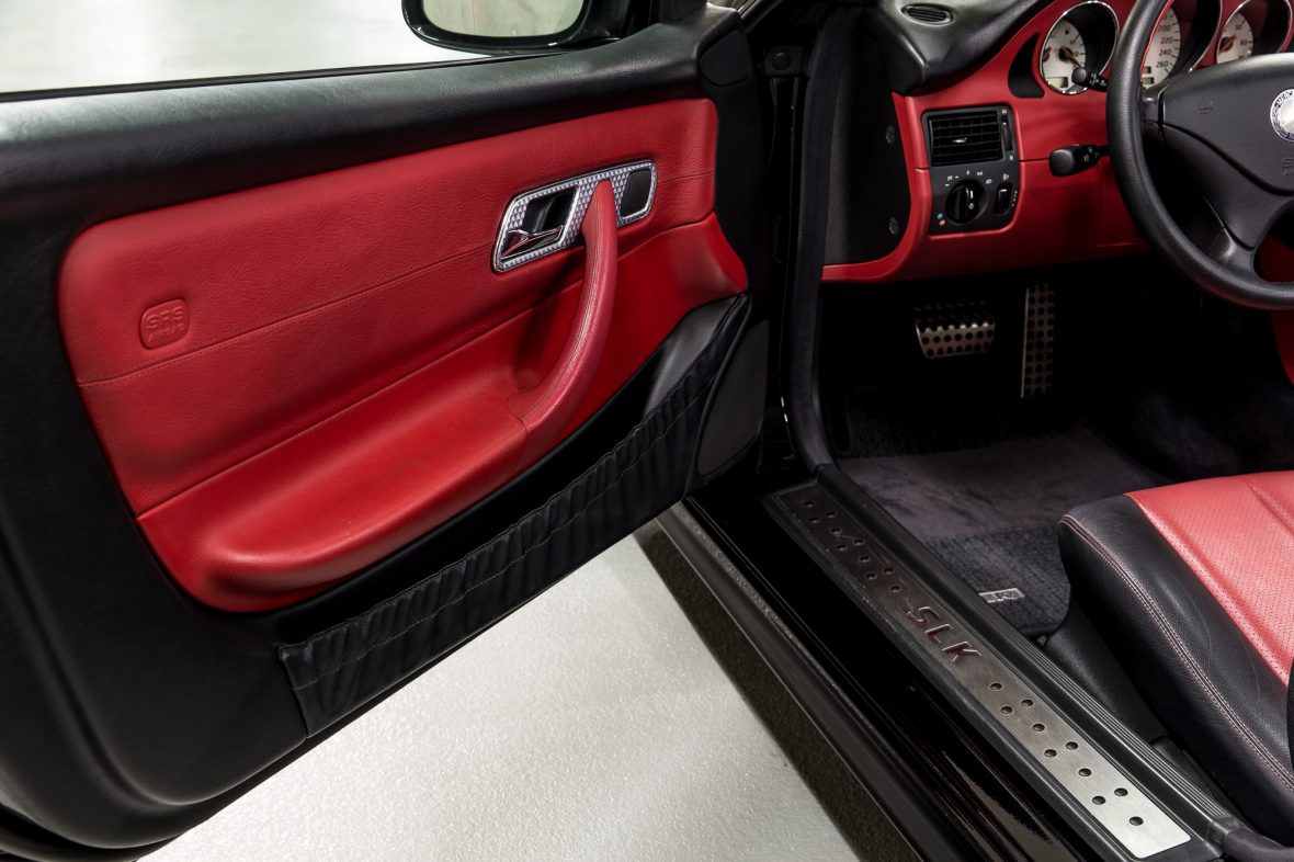 Mercedes - Benz R 170  SLK 200 7