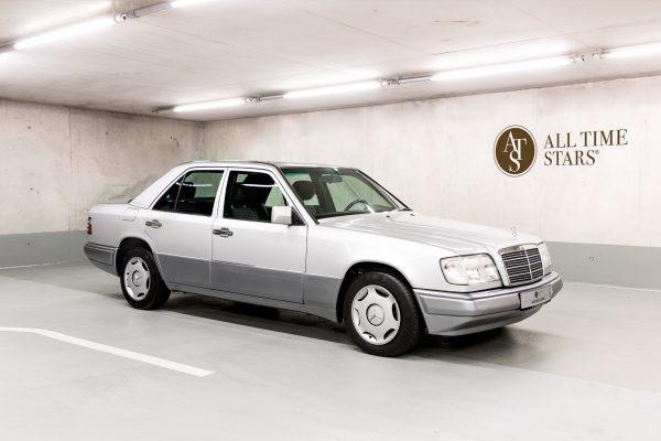 Mercedes-Benz 200 E (W 124)