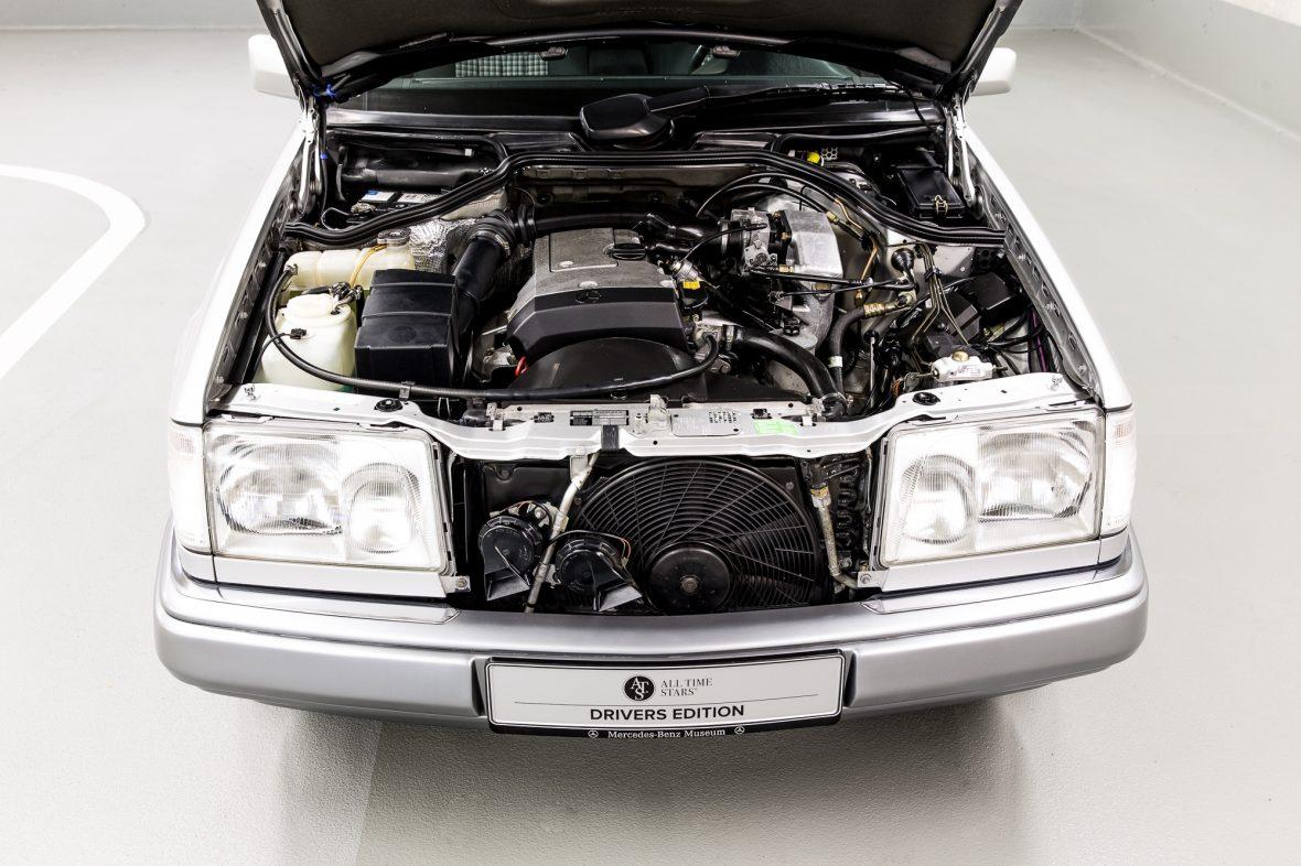 Mercedes-Benz W 124 200 E 7