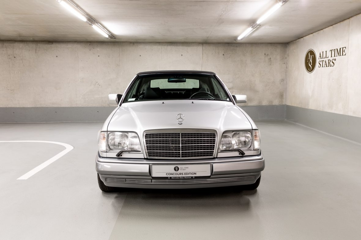 Mercedes-Benz E 320 (A 124) 3
