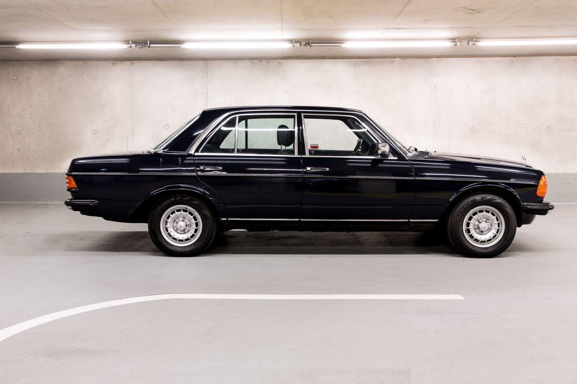 Mercedes - Benz W 123  230E 6