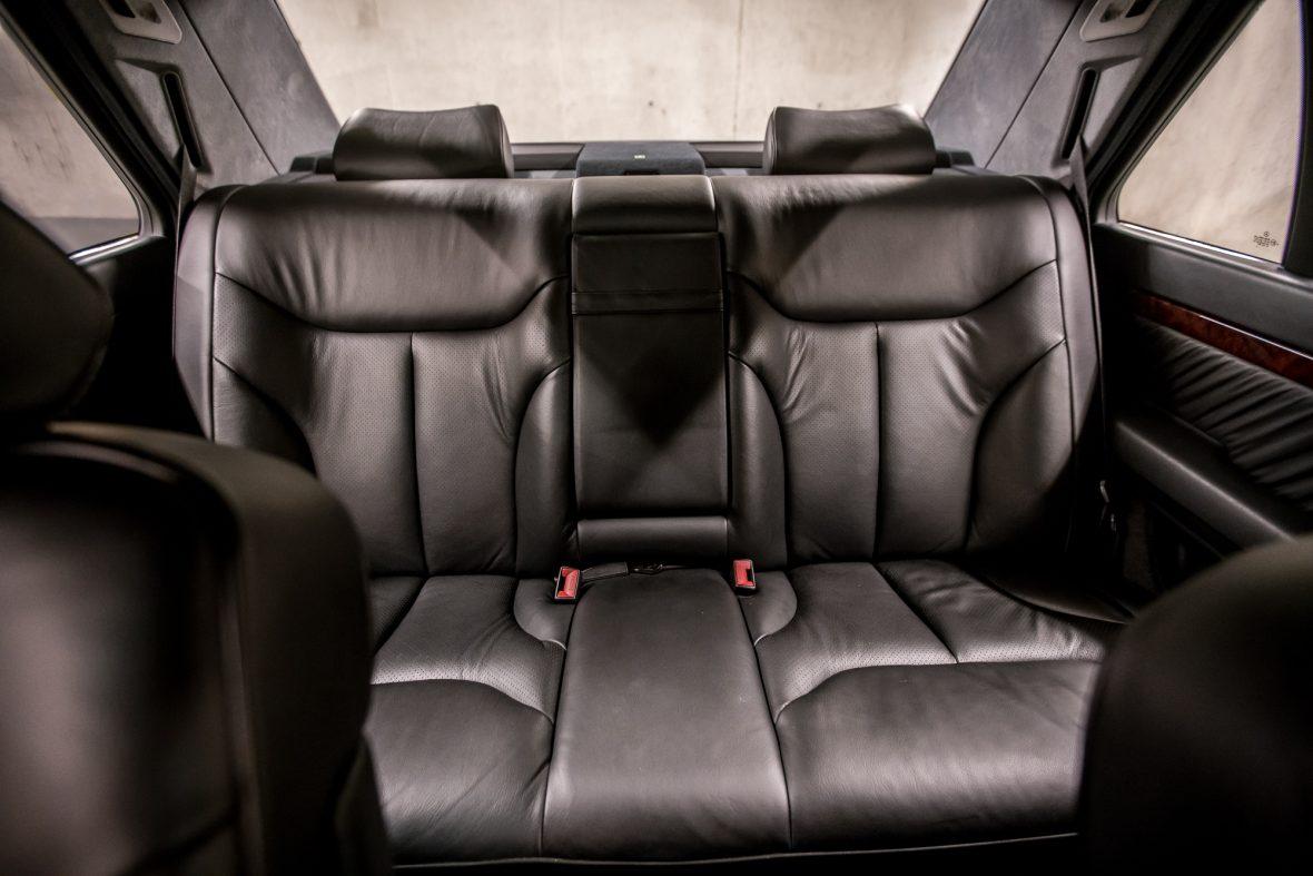 Mercedes-Benz W 140 S 320 17