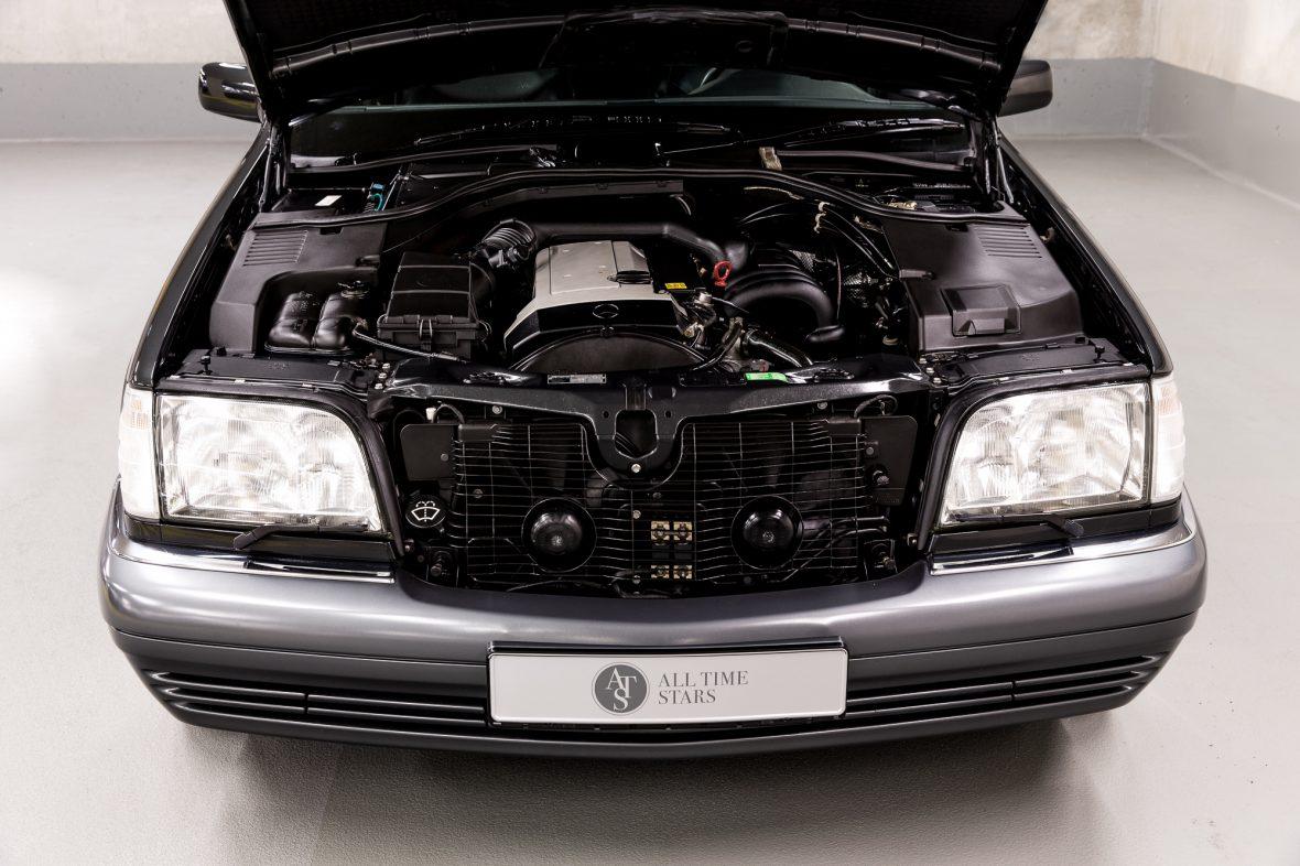 Mercedes-Benz W 140 S 320 8