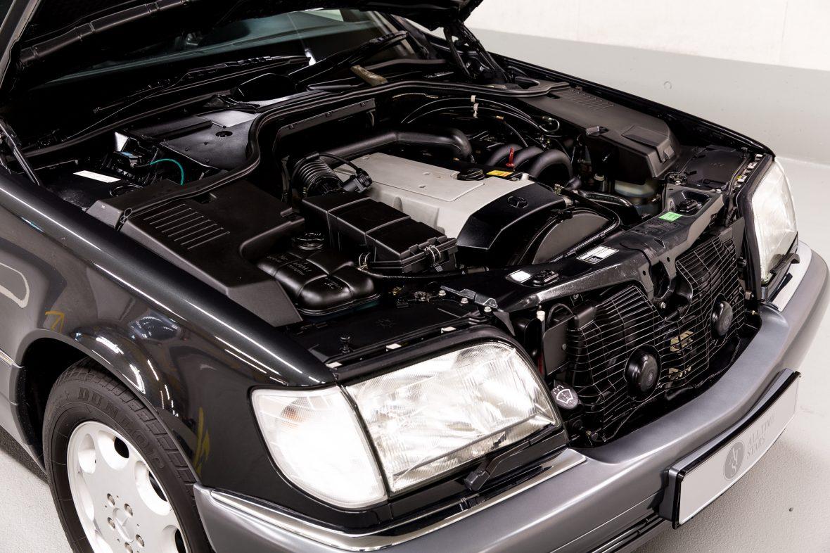 Mercedes-Benz W 140 S 320 9