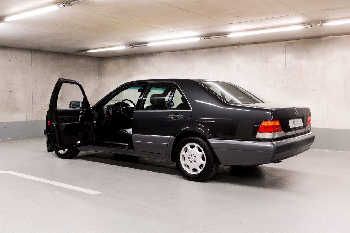 Mercedes-Benz W 140 S 320 10