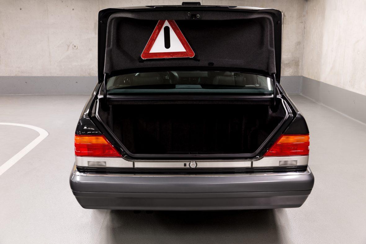 Mercedes-Benz W 140 S 320 7