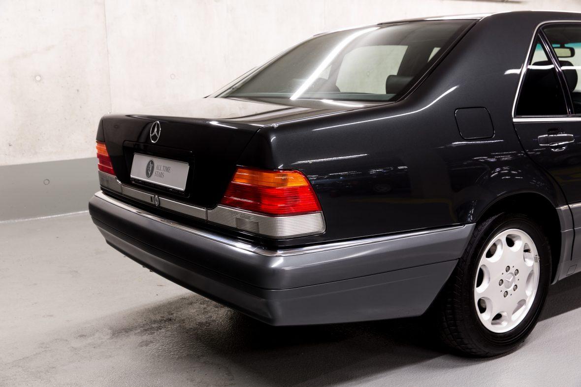 Mercedes-Benz W 140 S 320 5