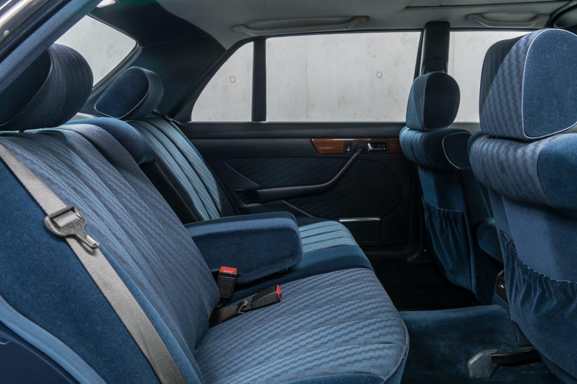 Mercedes-Benz W 126 300 SEL 6