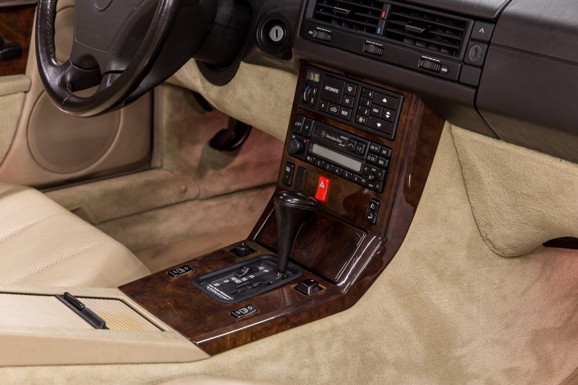 Mercedes-Benz R 129 320 SL 11