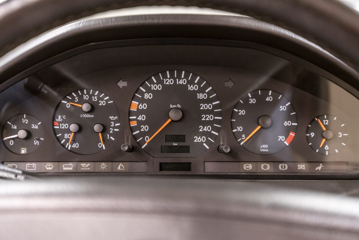 Mercedes-Benz R 129 320 SL 12