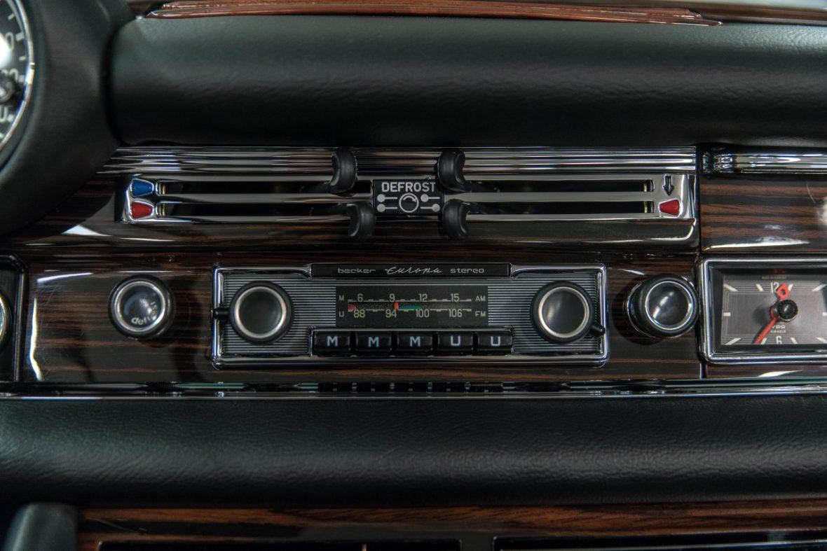 Mercedes-Benz 280 SE 3.5 Cabriolet (W 111) 24