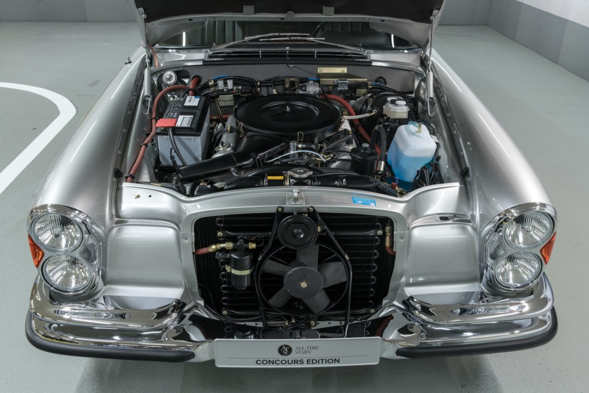 Mercedes-Benz 280 SE 3.5 Cabriolet (W 111) 10