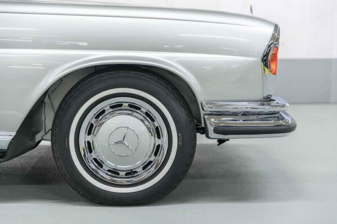 Mercedes-Benz 280 SE 3.5 Cabriolet (W 111) 15