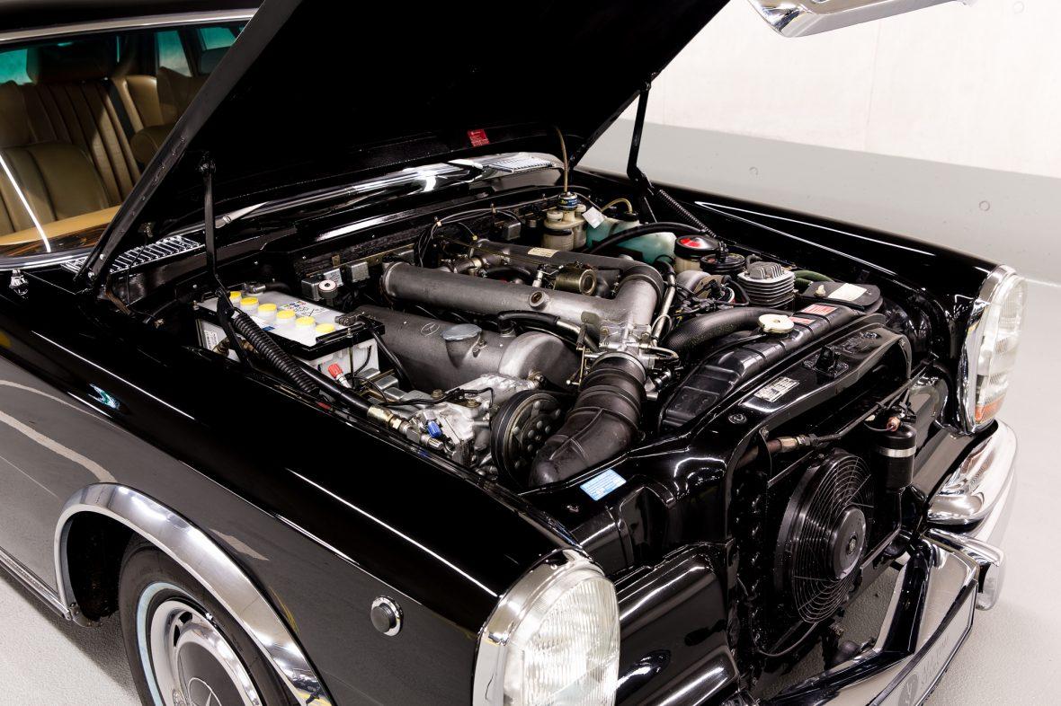 Mercedes-Benz 600 (W 100) 13