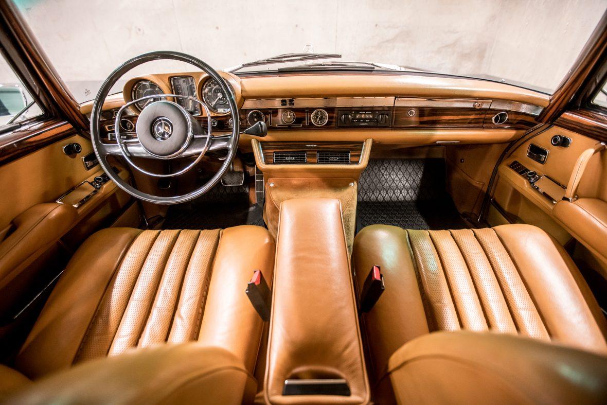 Mercedes-Benz W 100 600 16