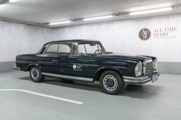 Mercedes–Benz W 111 280 SE 3,5 Coupe