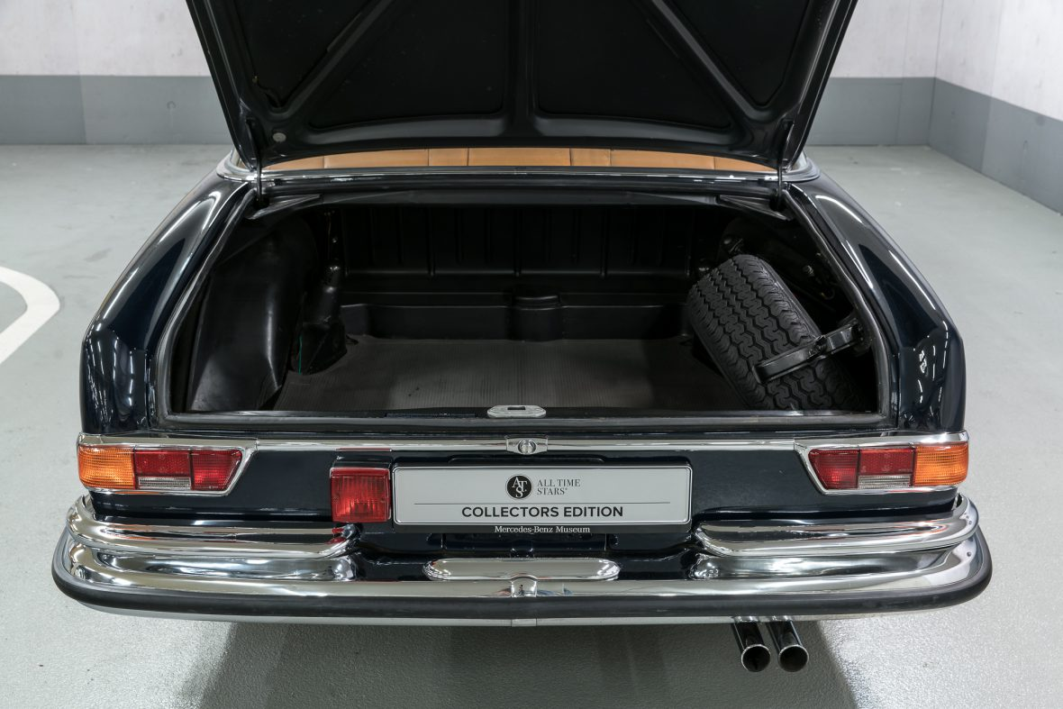 Mercedes-Benz 280 SE 3.5 Coupe (W 111) 27