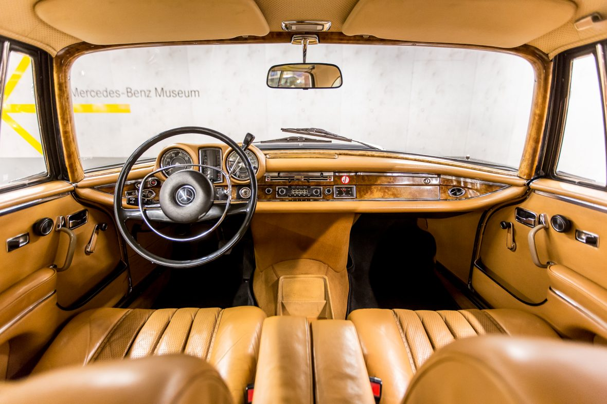 Mercedes-Benz 280 SE 3.5 Coupe (W 111) 31