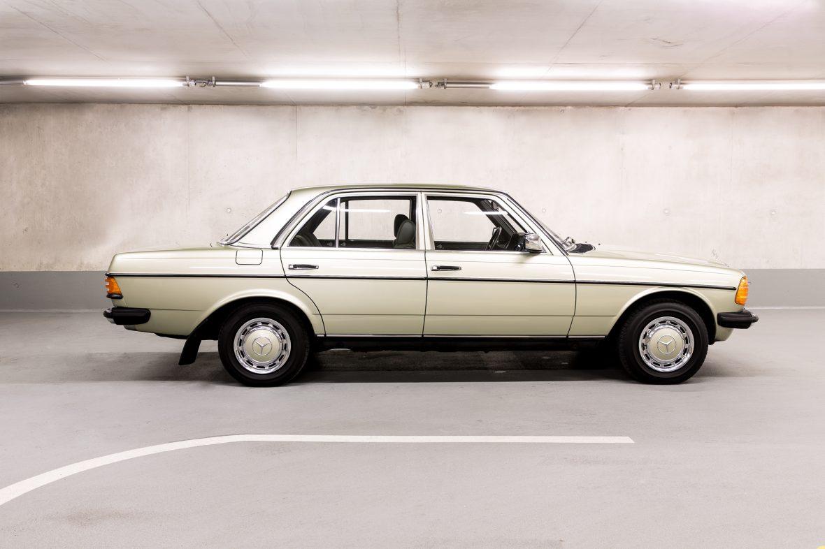 Mercedes-Benz W 123  200 3