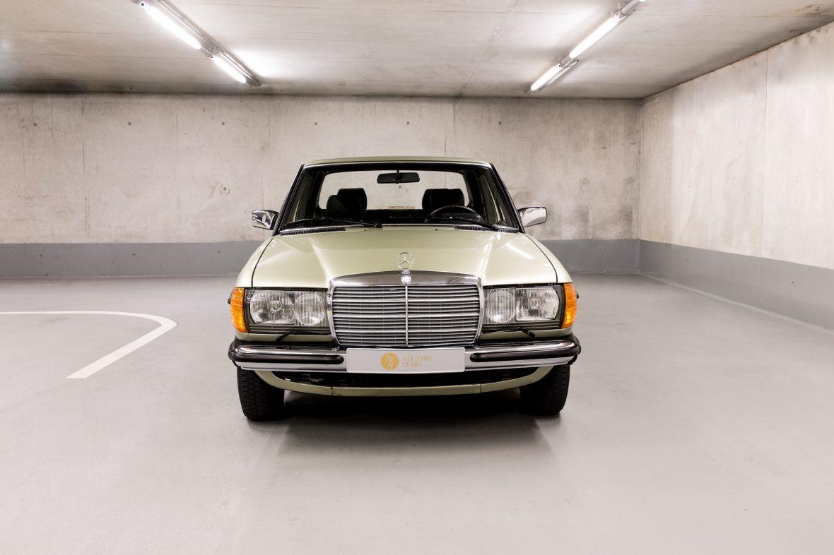 Mercedes-Benz W 123  200 7