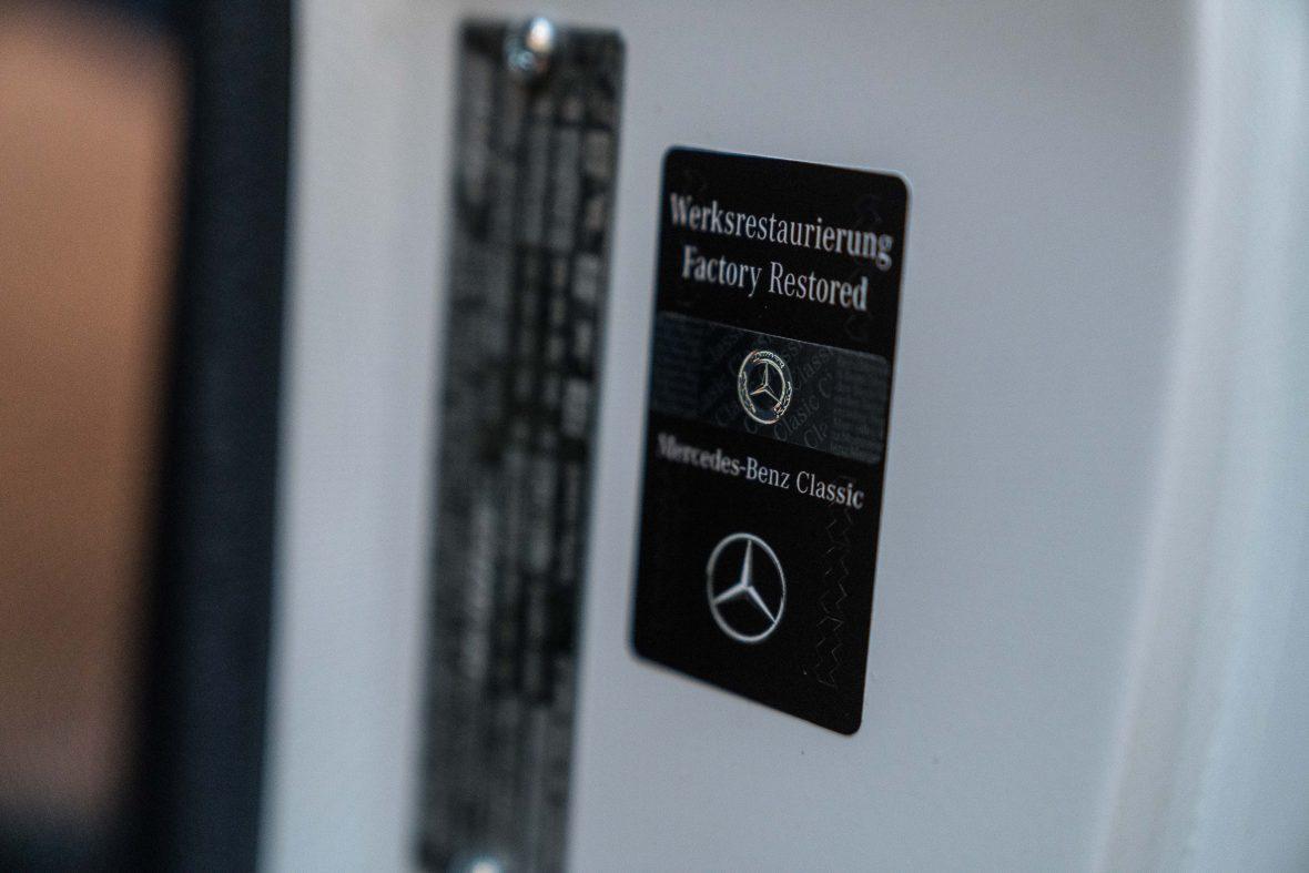 Mercedes-Benz W 111 280 SE 3,5 Cabriolet 19