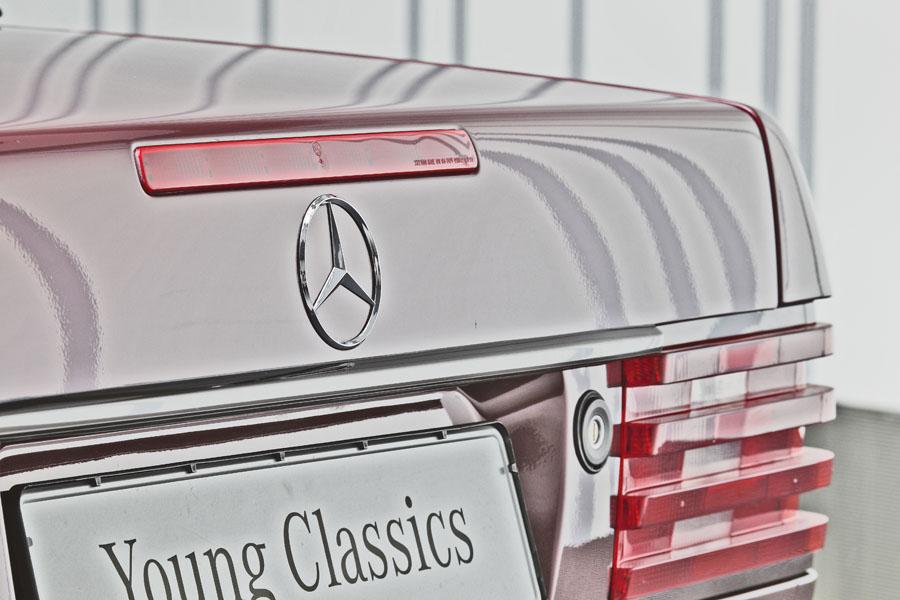 Mercedes-Benz R129 320 SL 13